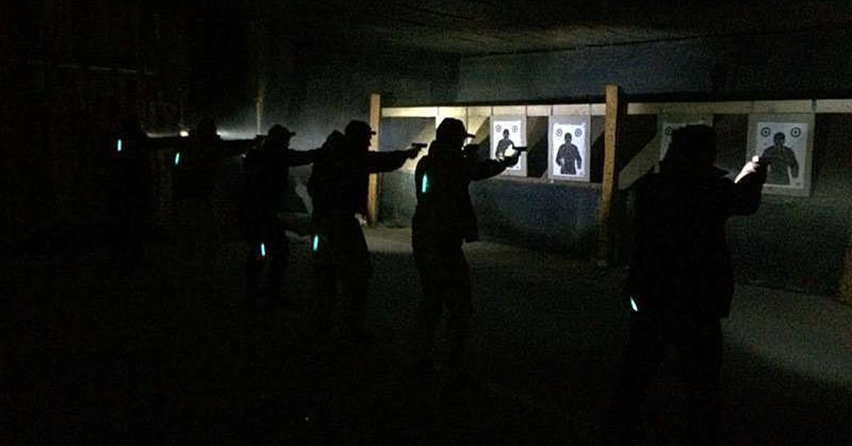 public_course_low_light_shooting_pistol/public_course_low_light_1200_628